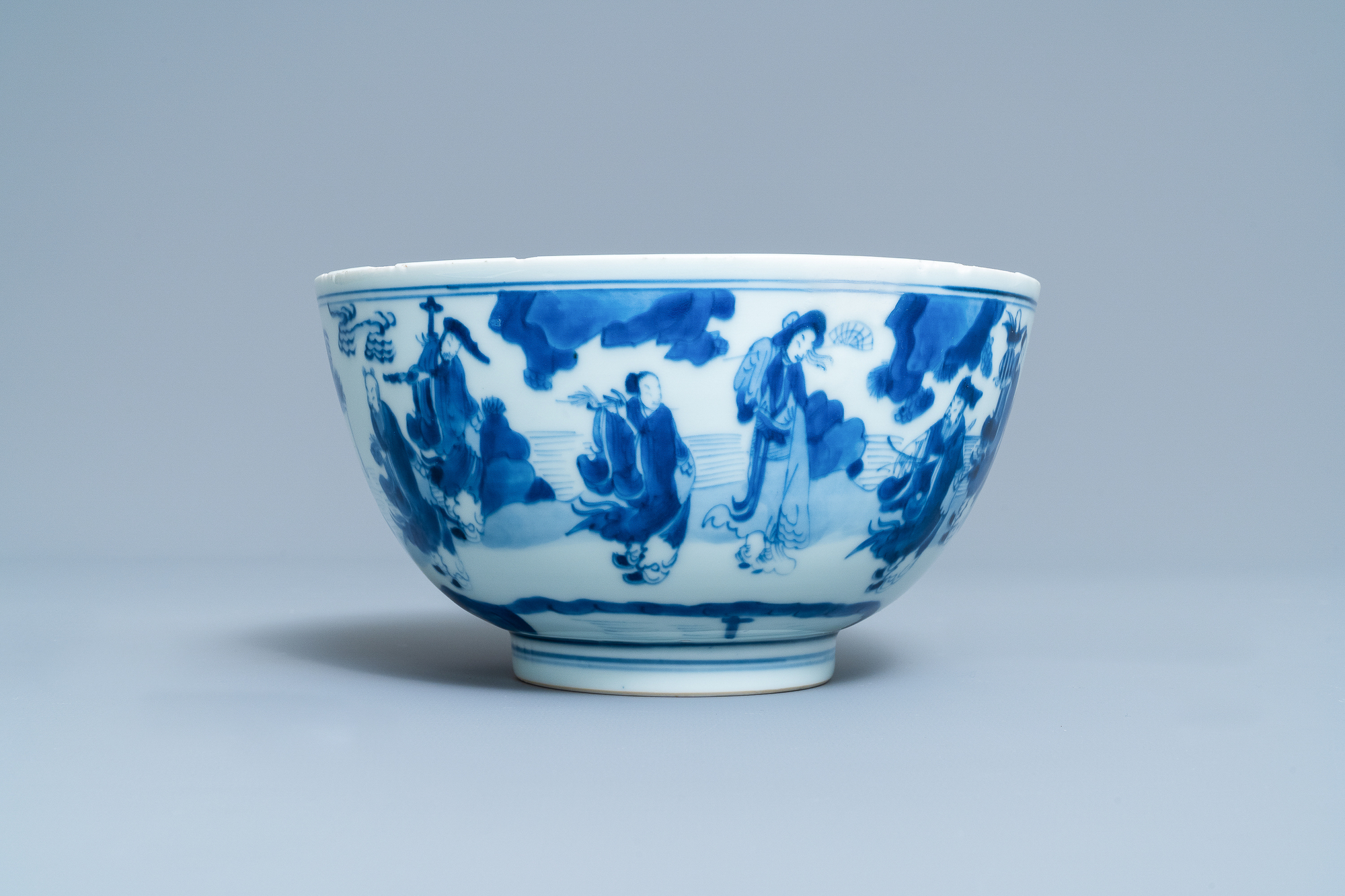 A Chinese blue and white 'immortals' bowl, Kangxi - Image 2 of 31