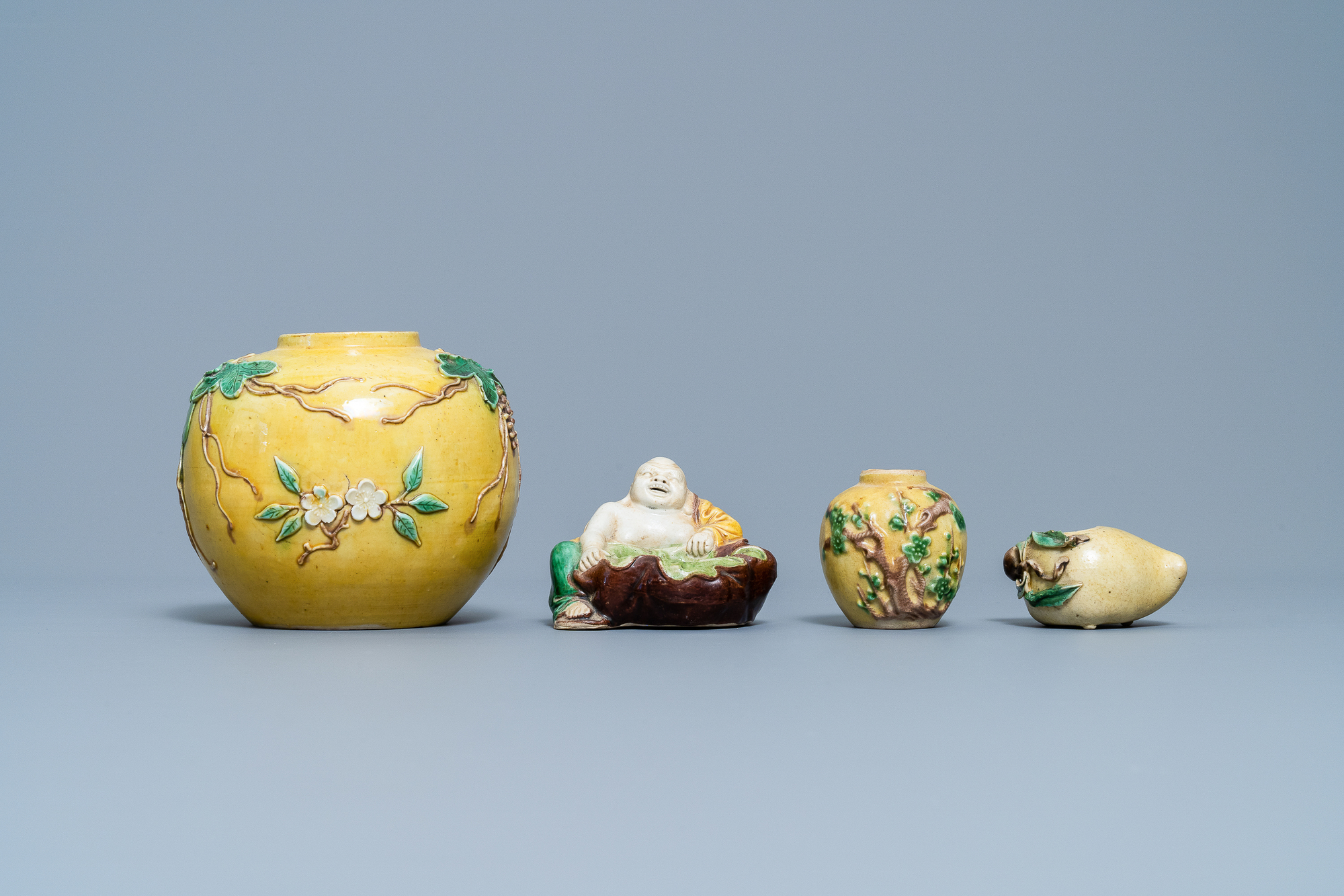 Two Chinese biscuit jars, a Buddha figure and a brushwasher, 19/20th C. - Image 2 of 7