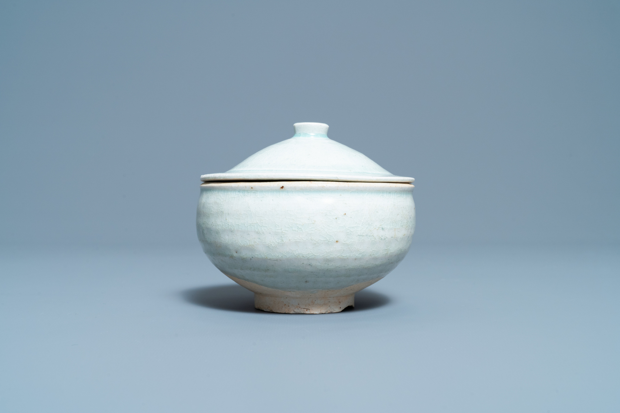 A Chinese qingbai molded 'fish' dish and a bowl with cover, Song/Yuan - Image 8 of 11