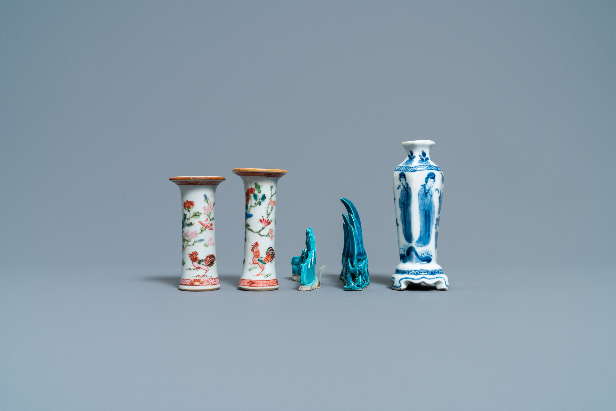 Three Chinese famille rose and blue and white vases and two turquoise brush rests, Kangxi/Qianlong - Image 4 of 7