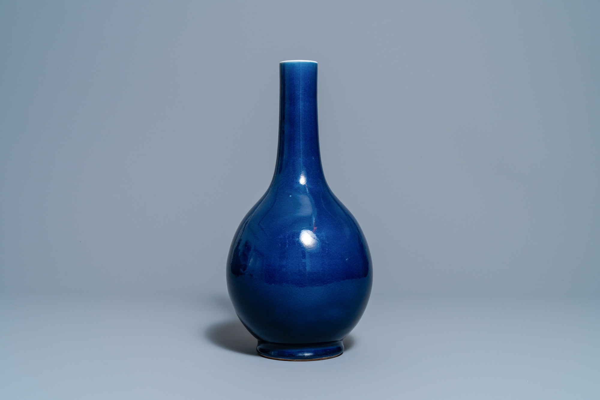 A Chinese monochrome 'sacrificial blue' bottle vase, Qianlong mark and of the period - Image 4 of 6
