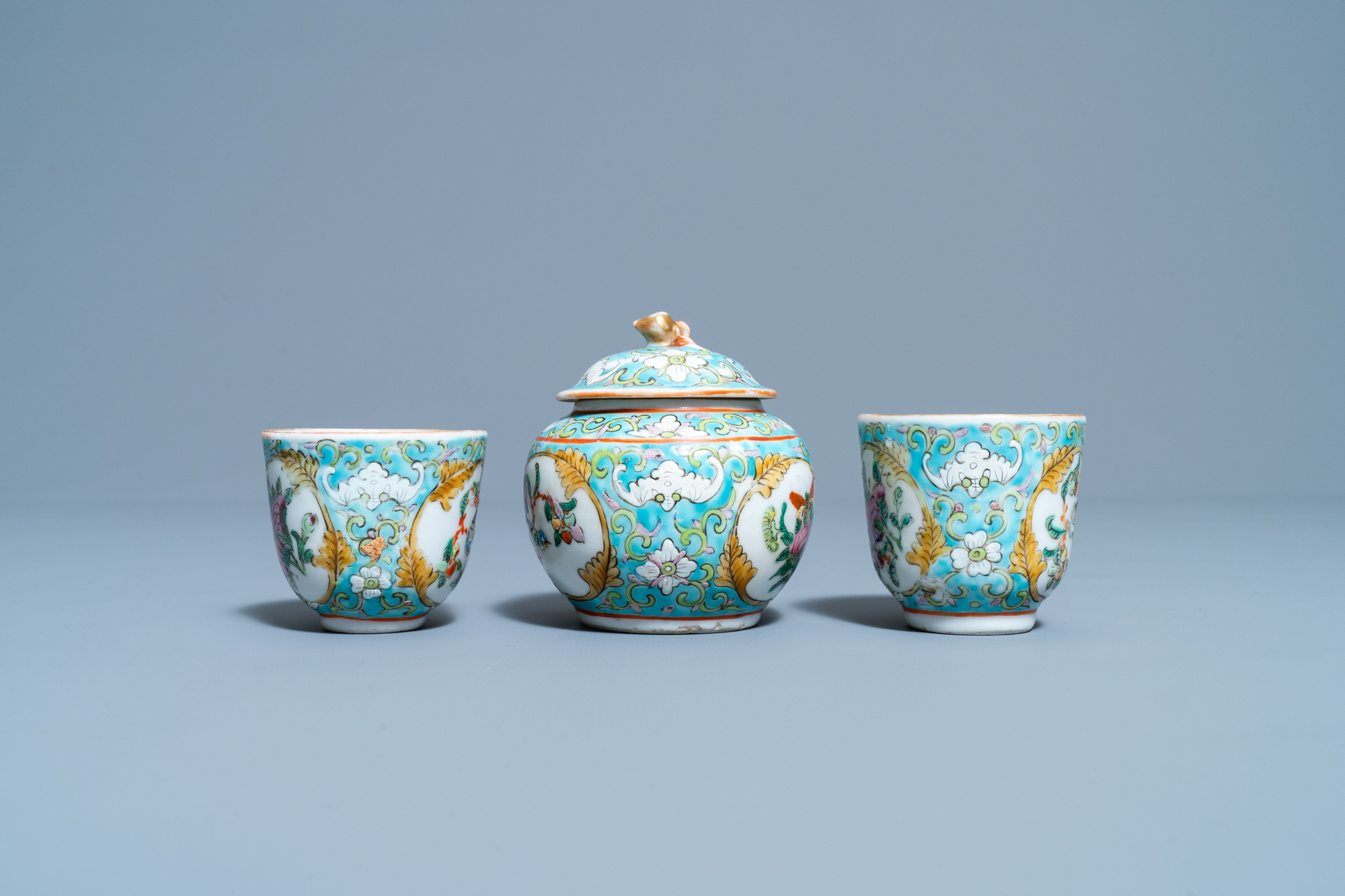 A Chinese famille rose 'tete-a-tete' tea service on tray, 19th C. - Image 8 of 10
