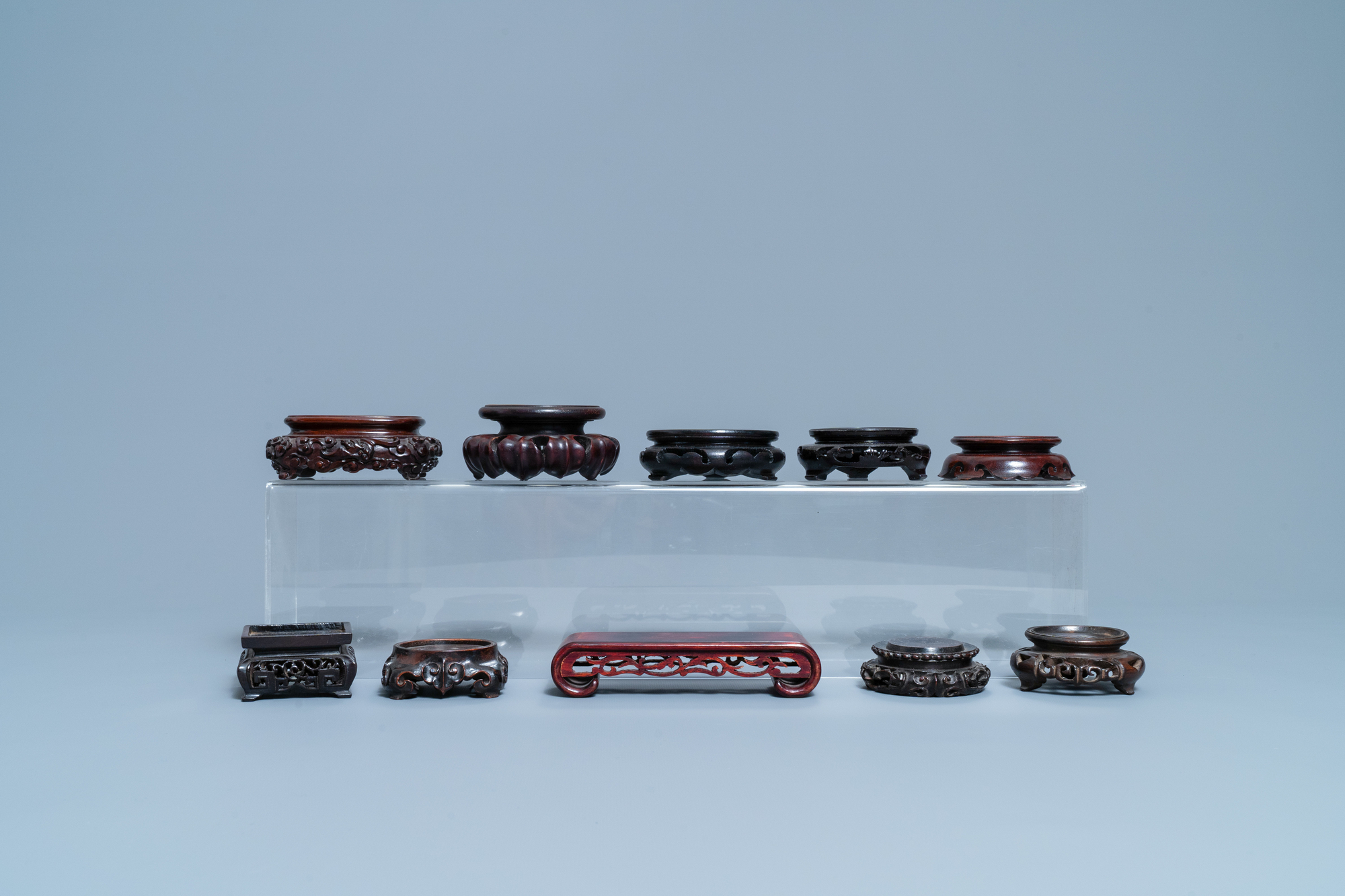 26 Chinese carved wooden stands, 19/20th C. - Image 9 of 12