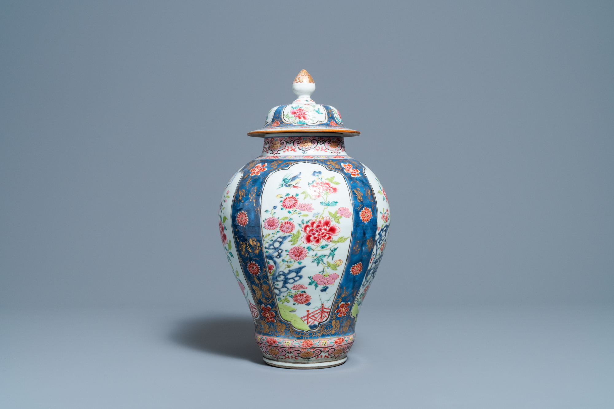 A Chinese famille rose vase and cover, Yongzheng - Image 2 of 7