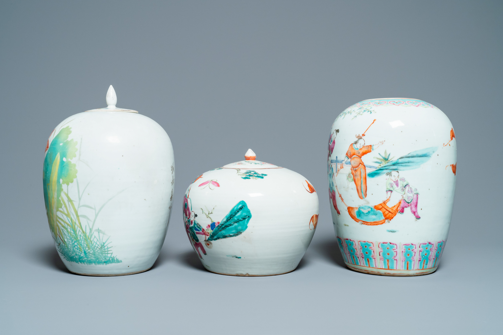 Six Chinese famille rose and verte vases, 19/20th C. - Image 3 of 13