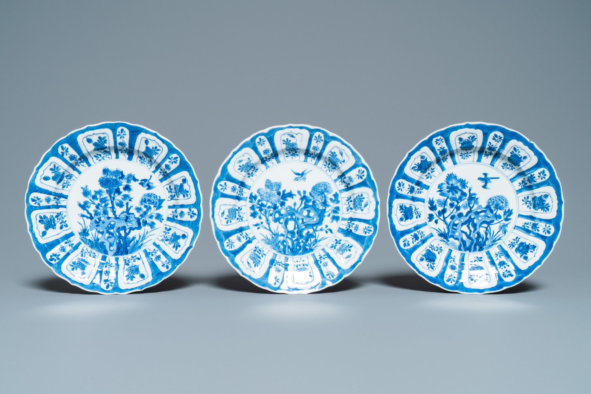 Six Chinese blue and white plates with floral design, Chenghua mark, Kangxi - Image 2 of 5