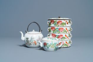 Two Chinese qianjiang cai teapots and a four-tier stacking jar, 19/20th C.