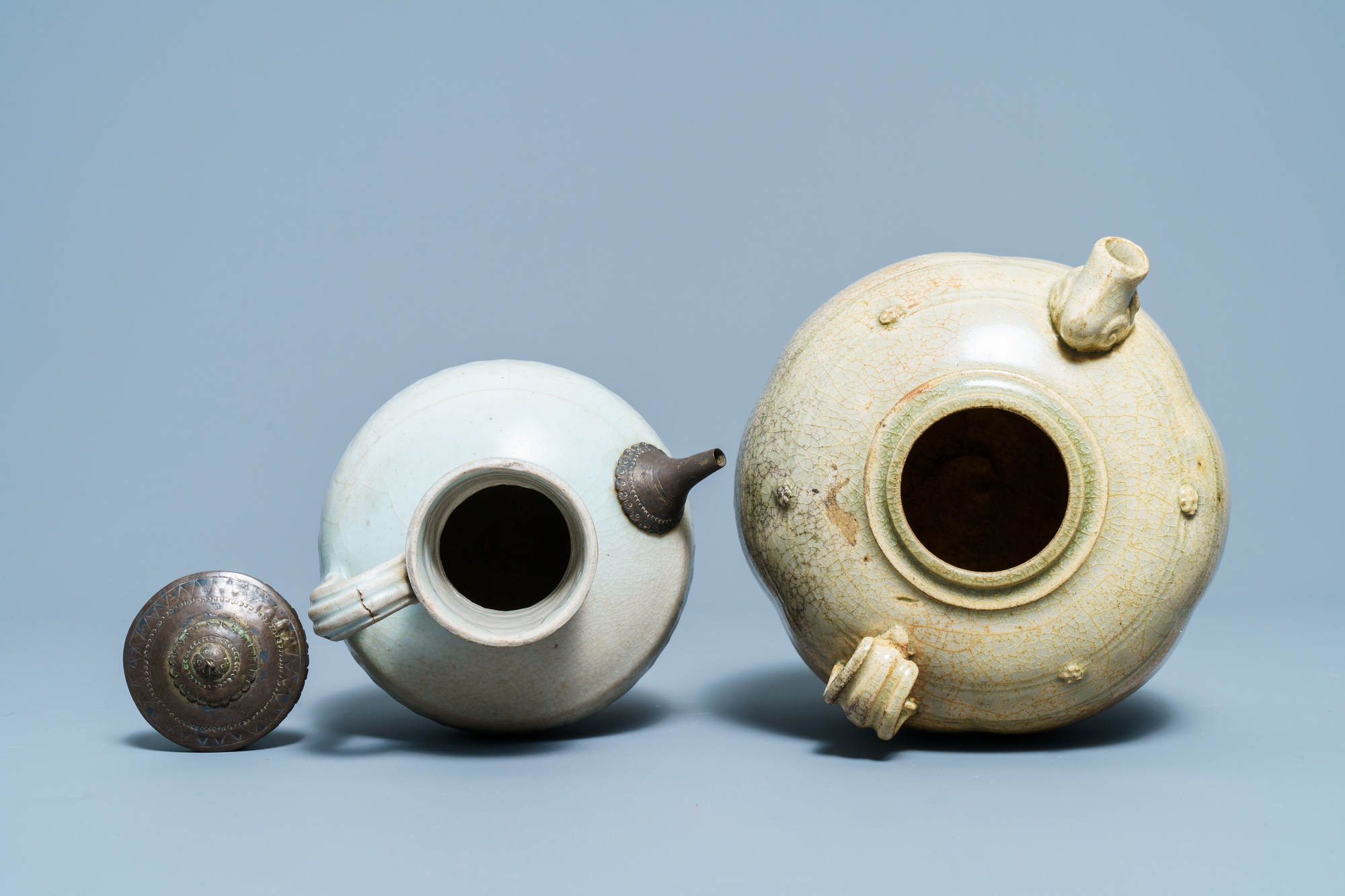 A Chinese celadon-glazed 'Jue' ewer, a qingbai-glazed wine ewer and a storage vessel, Song/Yuan - Image 6 of 9