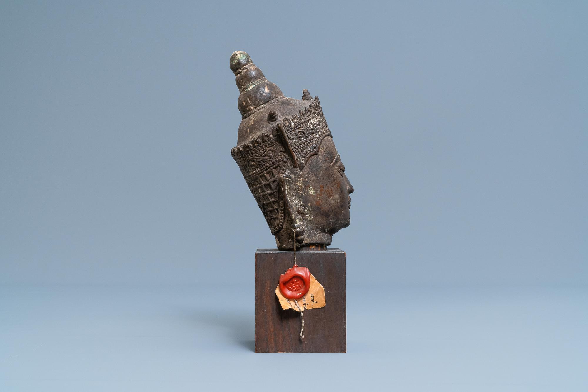 A Thai bronze head of a Bodhisattva, 18/19th C. - Image 3 of 9