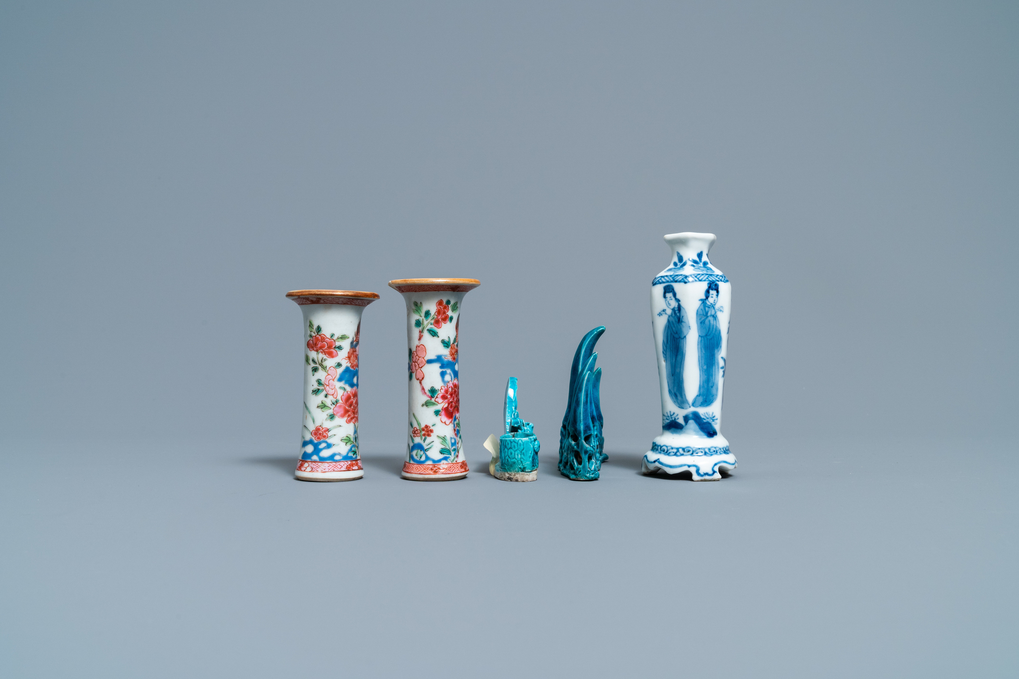 Three Chinese famille rose and blue and white vases and two turquoise brush rests, Kangxi/Qianlong - Image 5 of 7