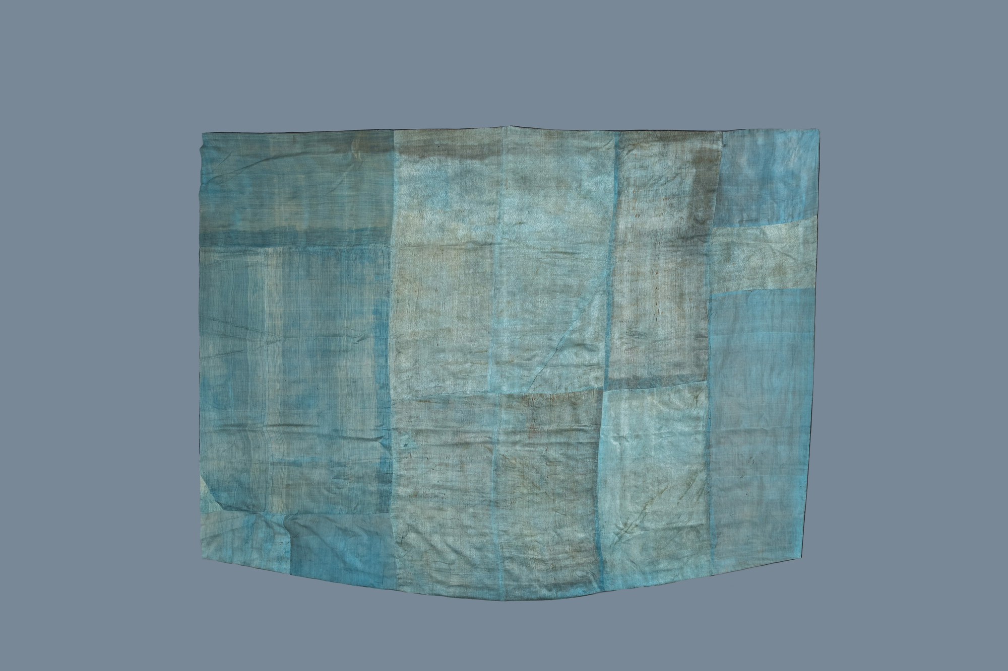 A Chinese embroidered silk fragment of a 'Jiangyi' Taoist priest robe, 18/19th C. - Image 2 of 7