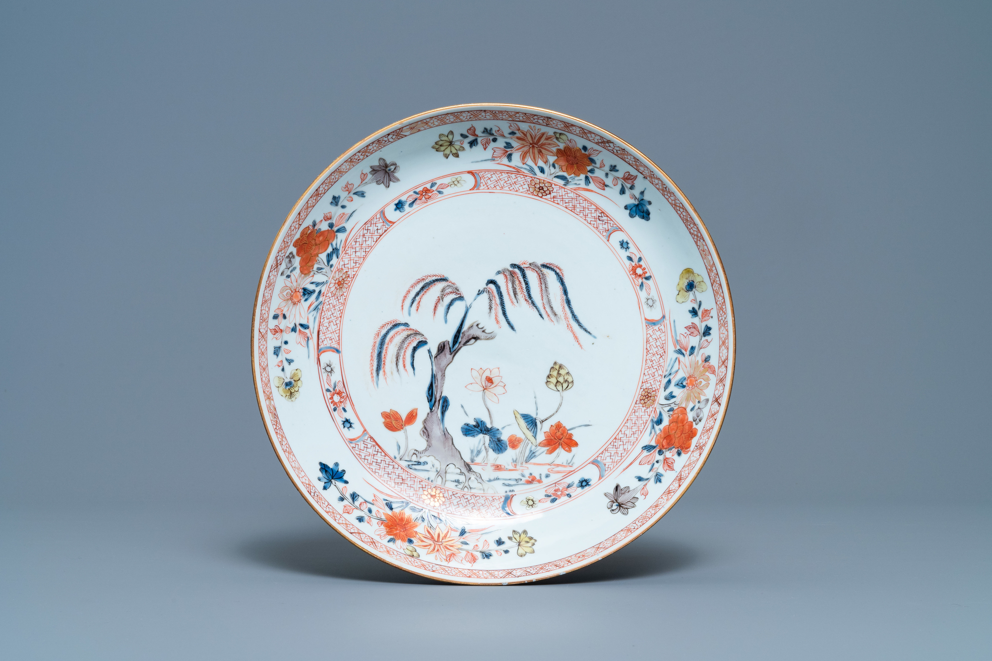 A Chinese famille verte bowl and an iron-red dish, Kangxi - Image 2 of 9