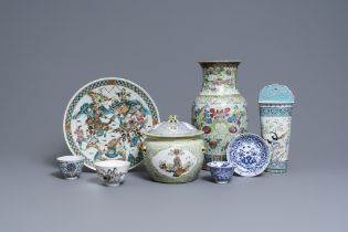 A varied collection of Chinese famille rose and blue and white wares, 19/20th C.