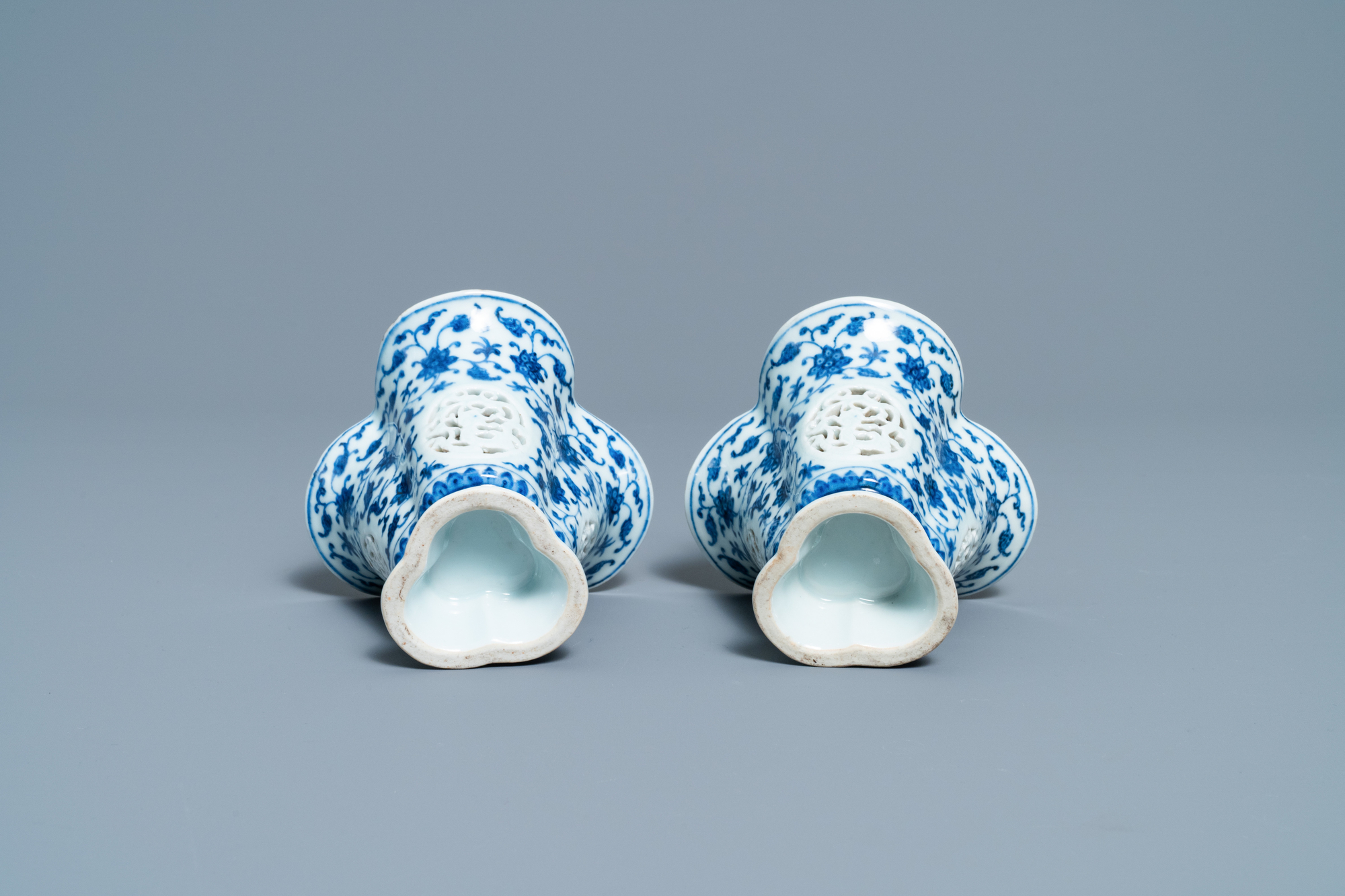 A pair of rare Chinese blue and white double-walled reticulated trilobed libation cups, Qianlong - Image 7 of 13