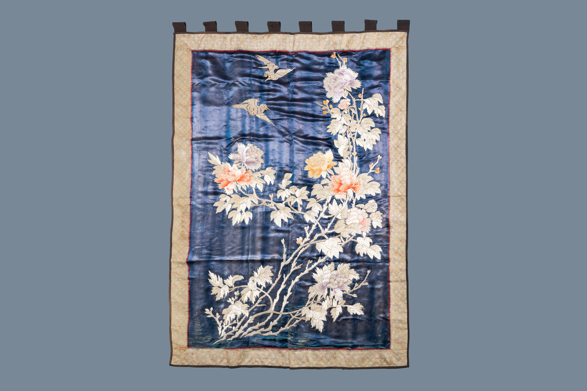 Three Chinese panels of embroidered silk, 19/20th C. - Image 12 of 17