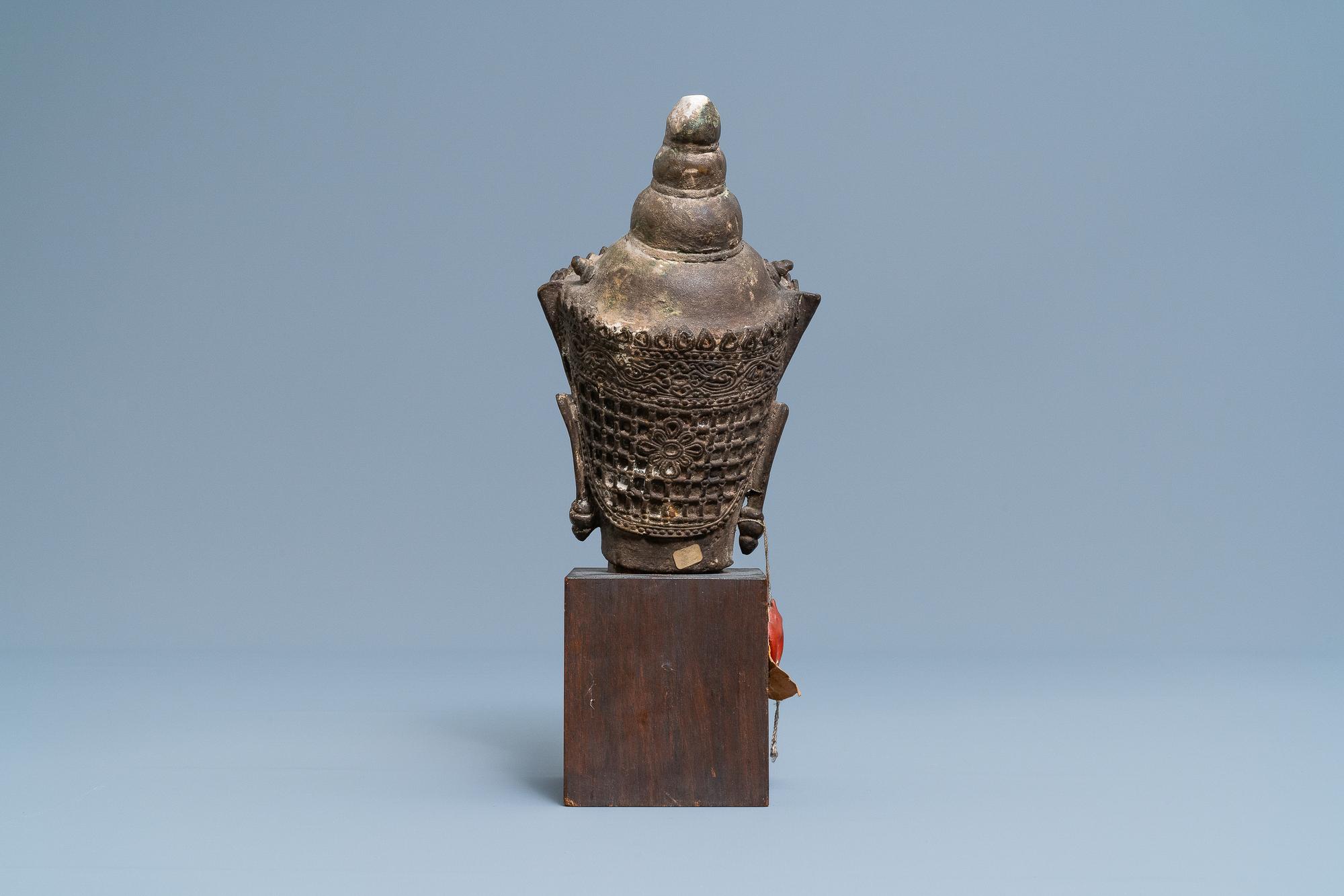 A Thai bronze head of a Bodhisattva, 18/19th C. - Image 4 of 9