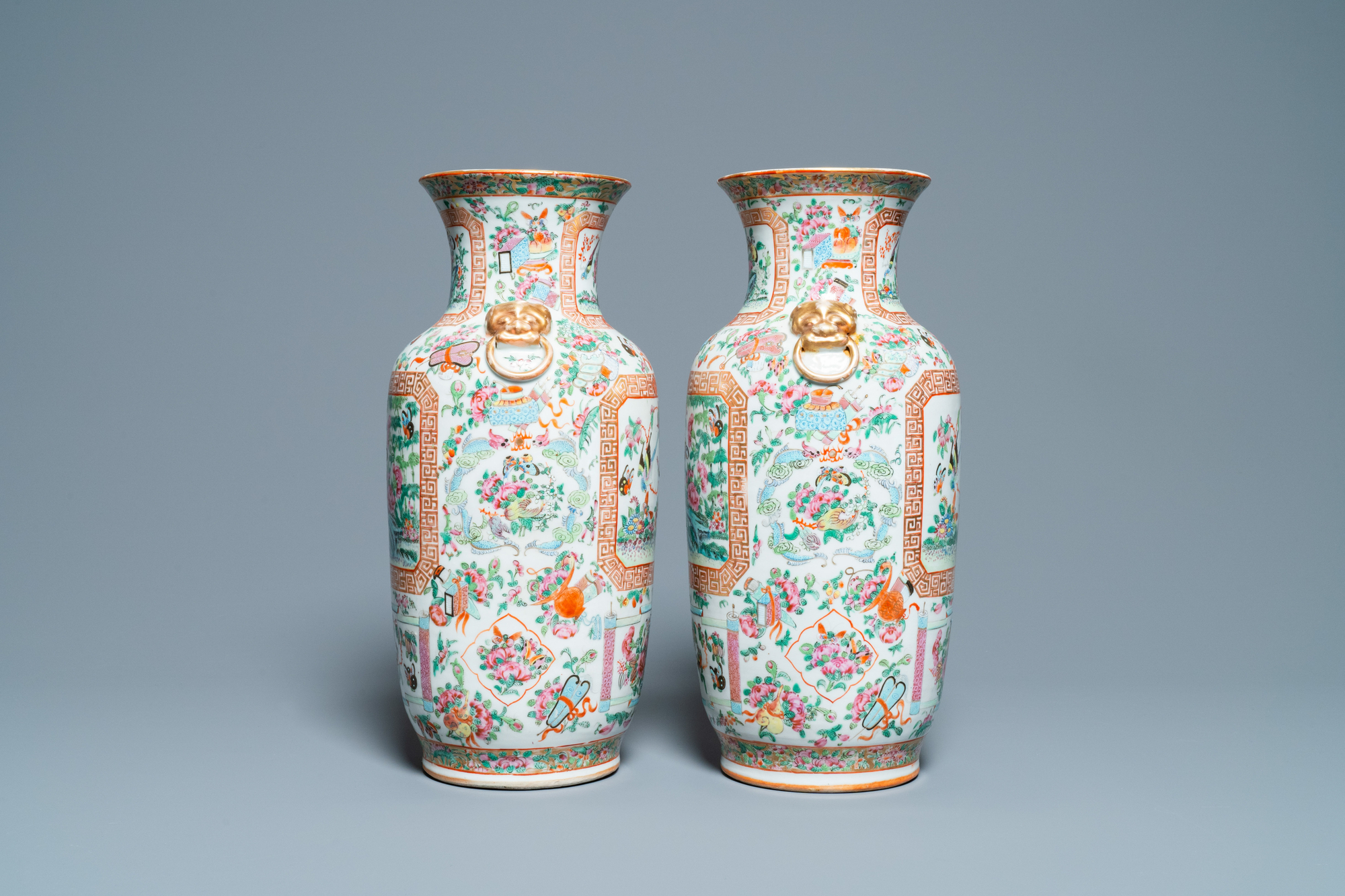 A pair of Chinese Canton famille rose vases, 19th C. - Image 4 of 6