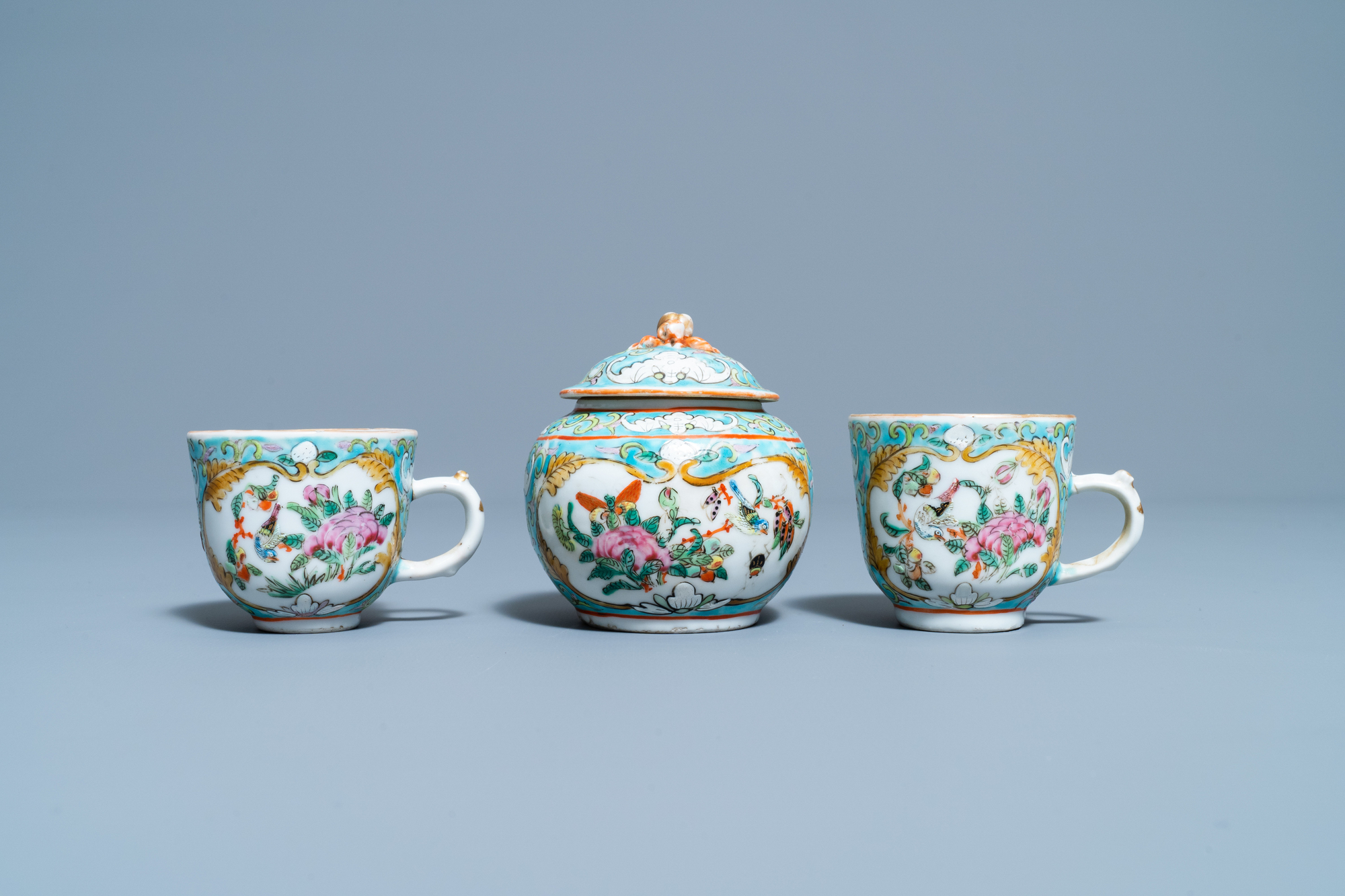 A Chinese famille rose 'tete-a-tete' tea service on tray, 19th C. - Image 6 of 10
