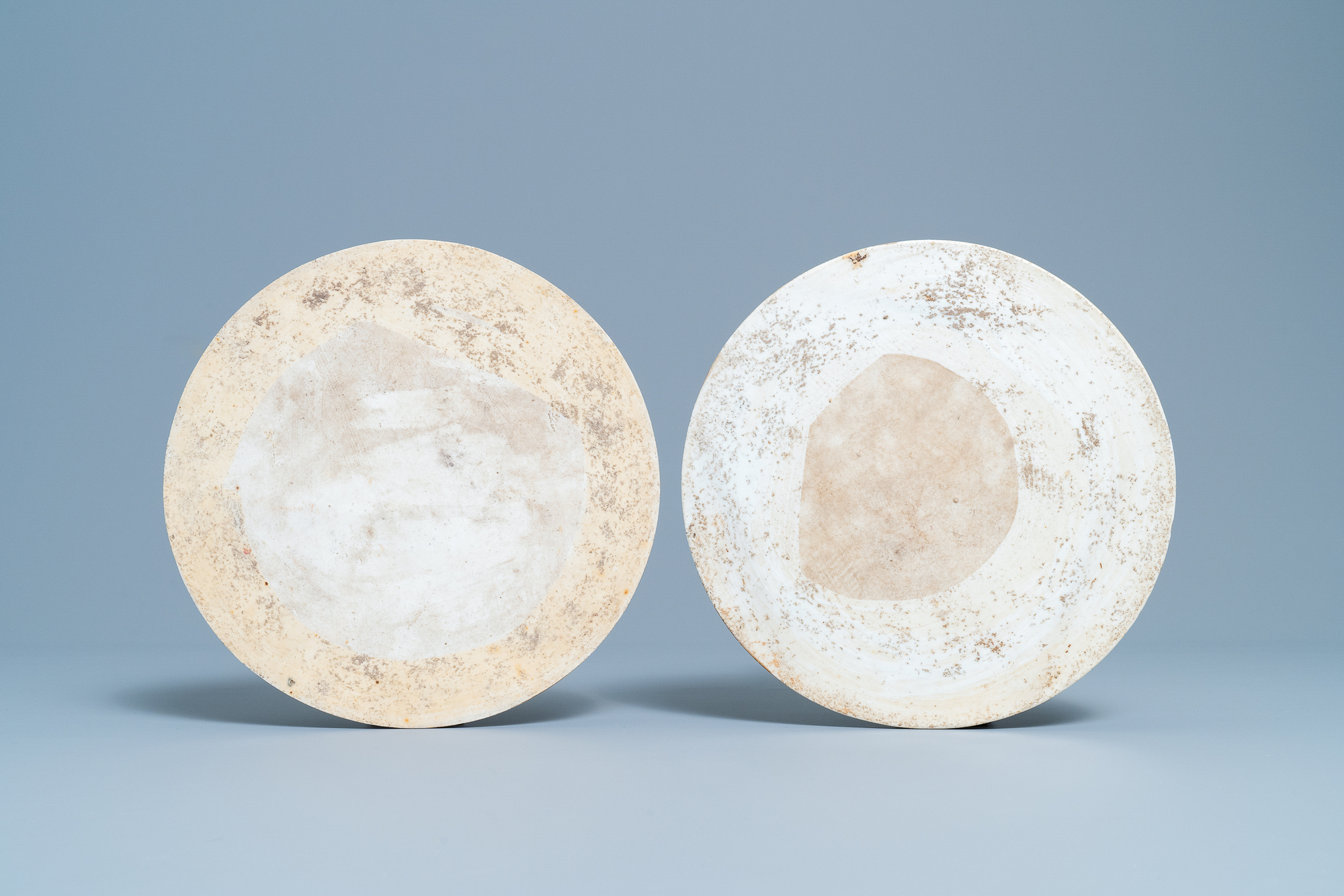 Two round Chinese famille rose plaques, Republic - Image 2 of 7