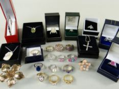ASSORTED LADIES MODERN COSTUME JEWELLERY comprising mainly rings, mostly in boxes, some pendants and
