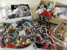 LARGE COLLECTION OF ASSORTED COSTUME & FASHION JEWELLERY comprising beaded necklaces, earrings ETC