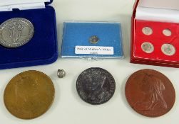 ASSORTED COLLECTABLE COINS & MEDALS comprising widow's mite coin, Siam Mongkut Dynasty bullet