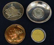 COLLECTABLE COINS & MEDALLIONS comprising Emmanuel de Rohan 1790 30 Tari coin set dish, large