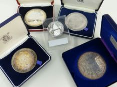 ASSORTED SILVER MEDALS comprising The Drake Silver Medal Map in box, Tercentenary of the birth of