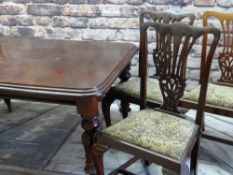 VICTORIAN WALNUT EXTENDING DINING TABLE & SIX GEORGIAN-style dining chairs, moulded top with rounded