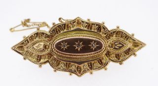 9CT GOLD DIAMOND SET LADIES BROOCH with safety chain, 6.2gms, in black jewellery box Condition