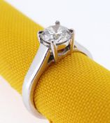 PLATINUM DIAMOND SOLITAIRE RING, the round brilliant stone approximately 0.8cts in four claw