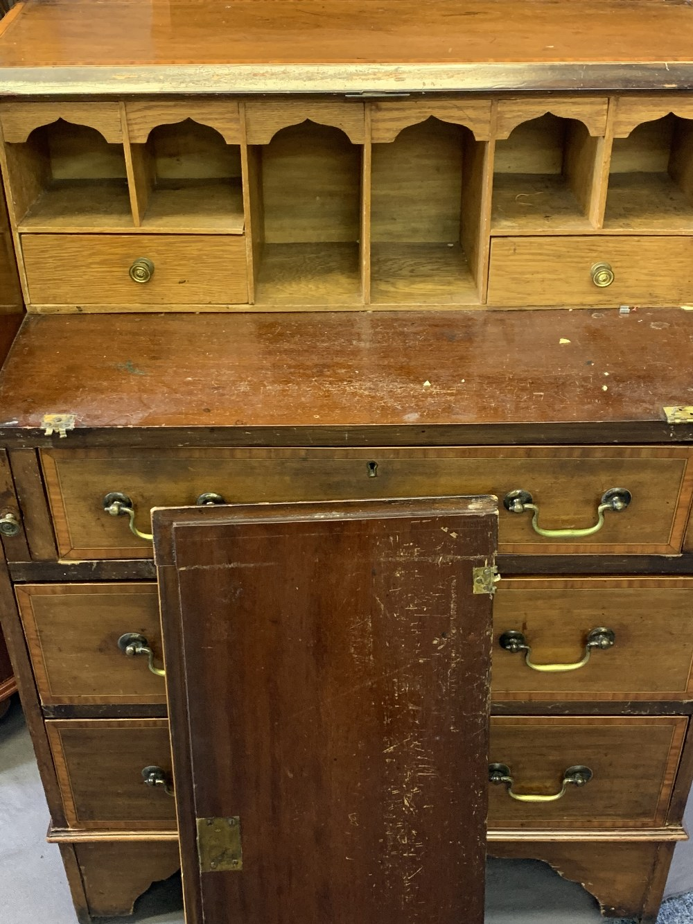 EDWARDIAN & LATER HOUSEHOLD FURNITURE, three items to include a reproduction mahogany open - Image 2 of 6
