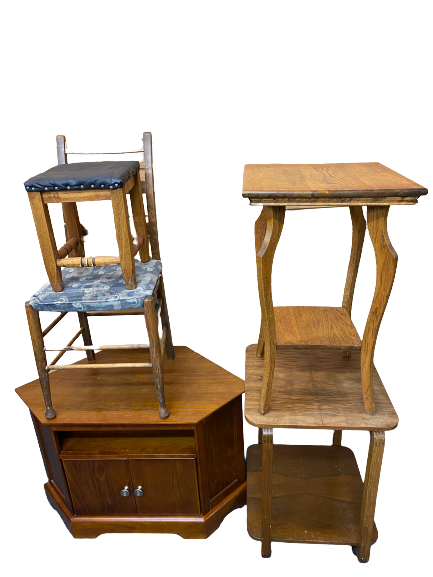 VINTAGE & LATER FURNITURE PARCEL (5 ITEMS) including a walnut two-tier trolley, 64.5cms H, 50cms sq,