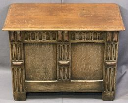 TEEANGEE REPRODUCTION OAK MINIATURE COFFER having a lidded top with moulded edging and carving to