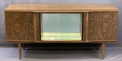 MID-CENTURY BEAUTILITY WALNUT EFFECT SIDEBOARD of central mirrored cabinet with sliding glass