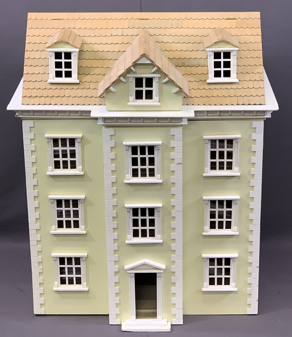 NICE QUALITY GEORGIAN STYLE DOLL'S/MINIATURES HOUSE, opening front and roof, 85.5cms overall H,