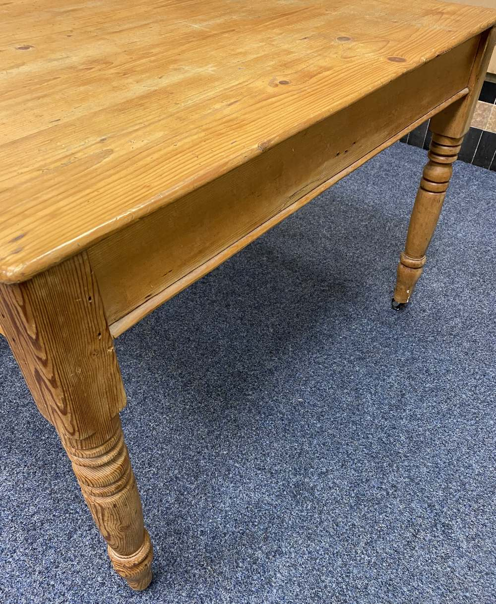 ANTIQUE STRIPPED PINE SINGLE DRAWER KITCHEN TABLE on turned and block supports with modern - Image 2 of 2