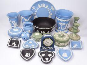 WEDGWOOD JASPERWARE, Blue, Green, Black, approximately 20 pieces