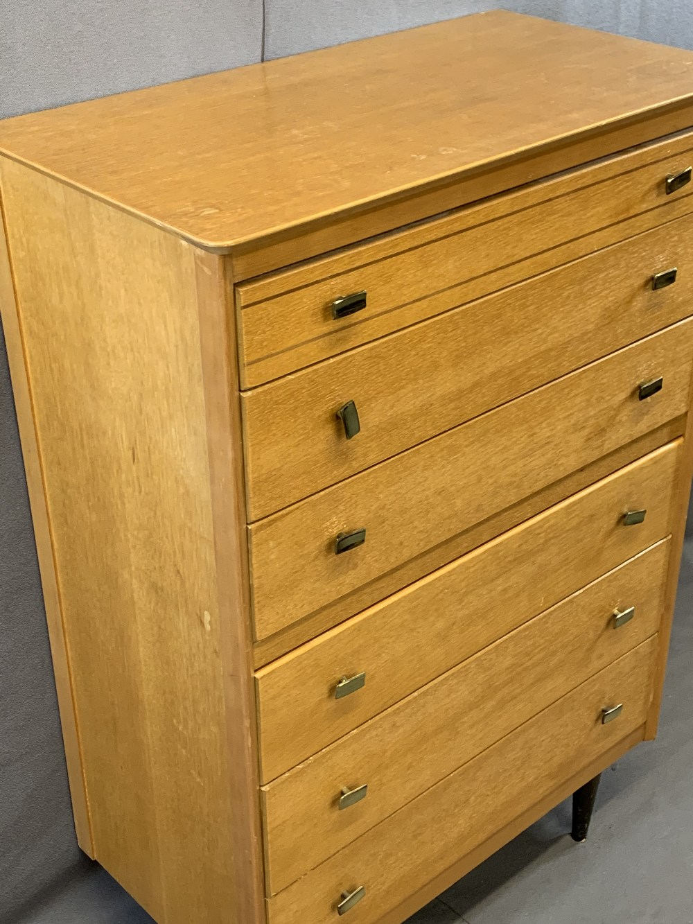 VINTAGE BEDROOM FURNITURE, FOUR ITEMS to include a Lebus six drawer chest, 117.5cms H, 79cms W, - Image 5 of 6