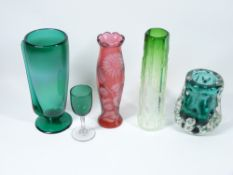 LISKEARD & OTHER ART FORM GLASSWARE, 5 pieces to include a floral cut Cranberry vase, 22cms H, a