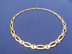 MODERN 9CT GOLD OPEN HEAVY LINK NECKLACE - stamped '375' to the clasp, 41cms L, 23.8grms