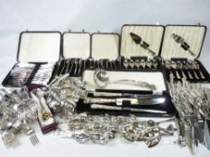 EPNS CASED & LOOSE KINGS PATTERN CUTLERY - a large quantity