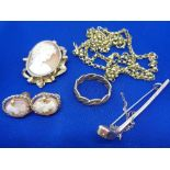 9CT GOLD & OTHER JEWELLERY - five items to include a twisted rope type ring, size T, Chester stamped