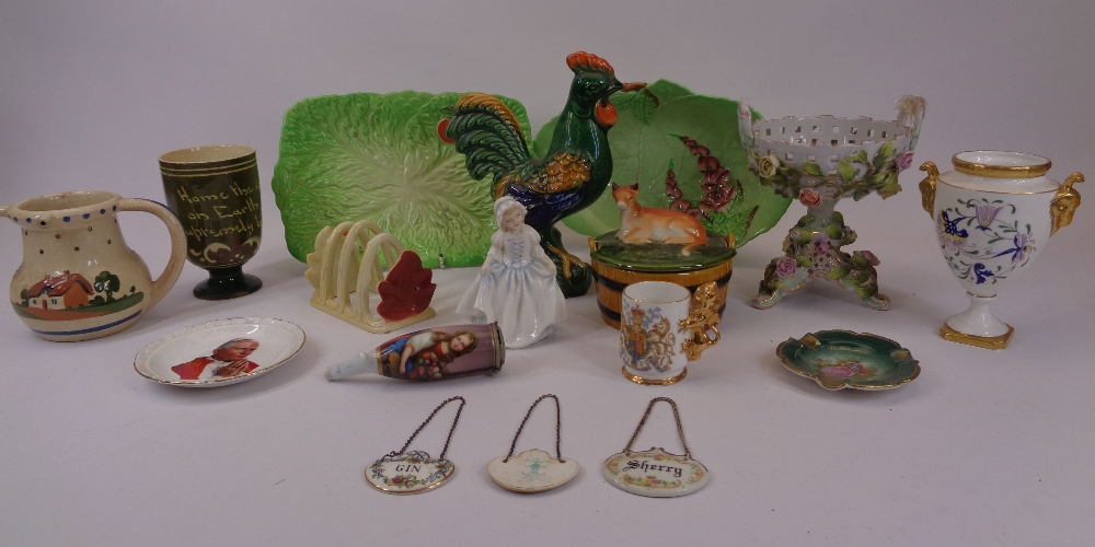 MIXED DECORATIVE POTTERY & PORCELAIN to include Crown Staffordshire drinks labels, Carltonware,