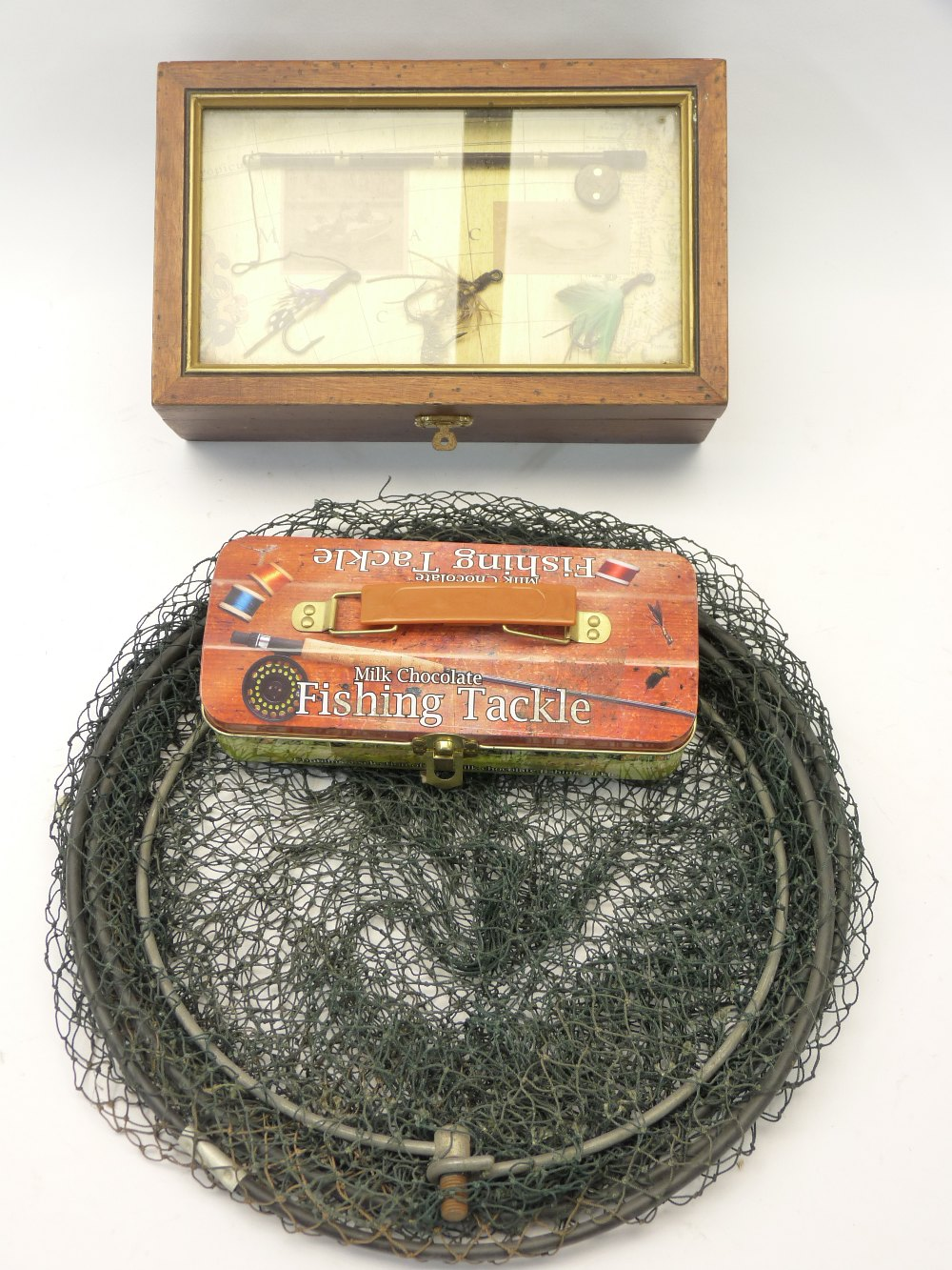 FISHING INTEREST - string keep net, empty milk chocolate fishing tackle tin and a lidded box with