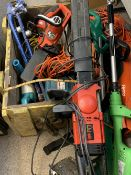 GARDEN ELECTRICALS - a mixed quantity to include Makita and other hedge trimmers, Black & Decker