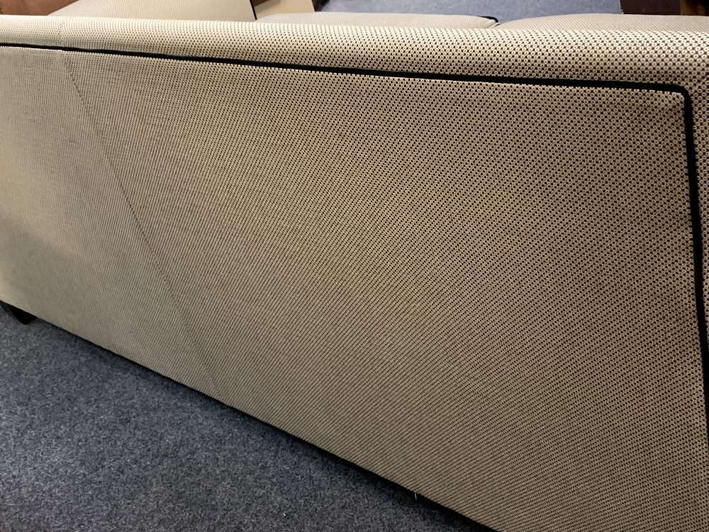DURESTA ULTRA MODERN DESIGNER TYPE COUCH in black and grey with black piping and studded detail - Image 7 of 8