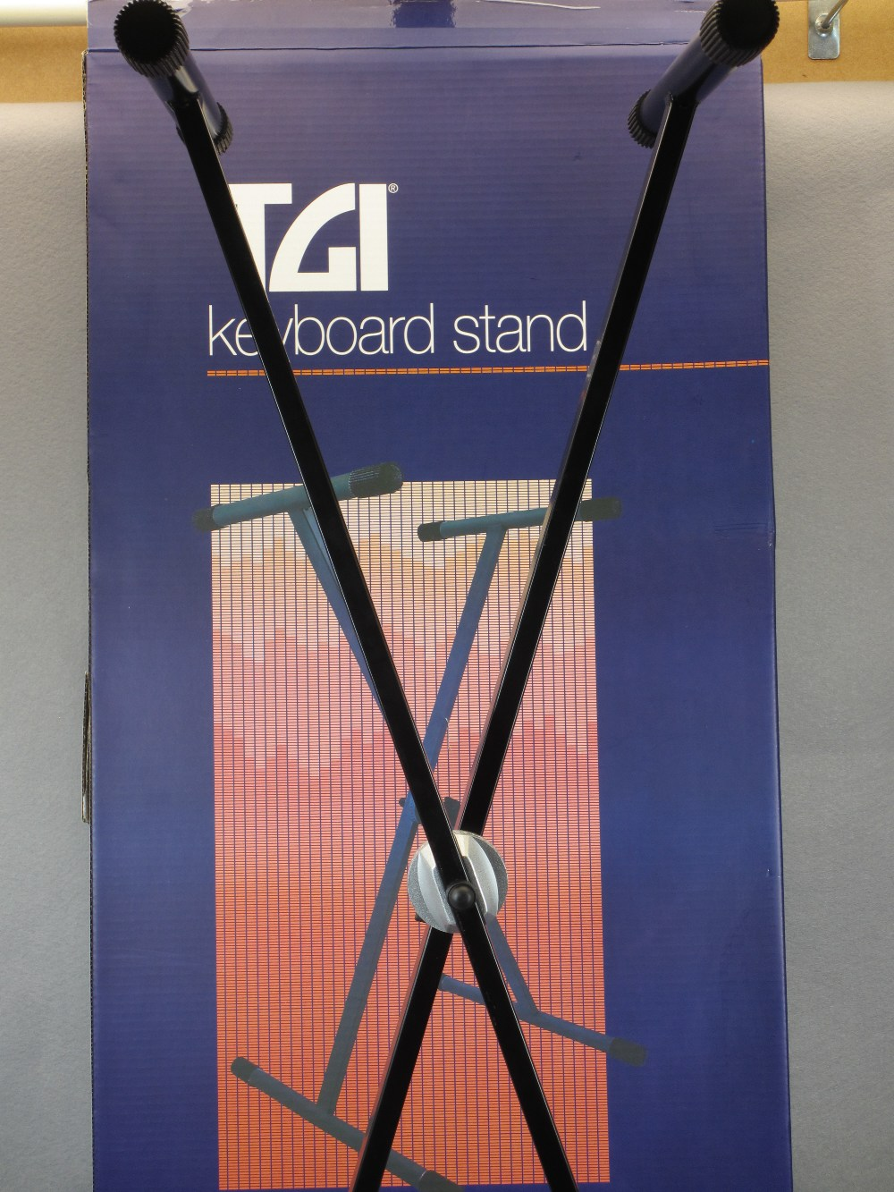MUSIC SHOP STOCK - boxed and loose keyboard stands (2), canvas keyboard bag and three Stagg banjo - Image 3 of 5
