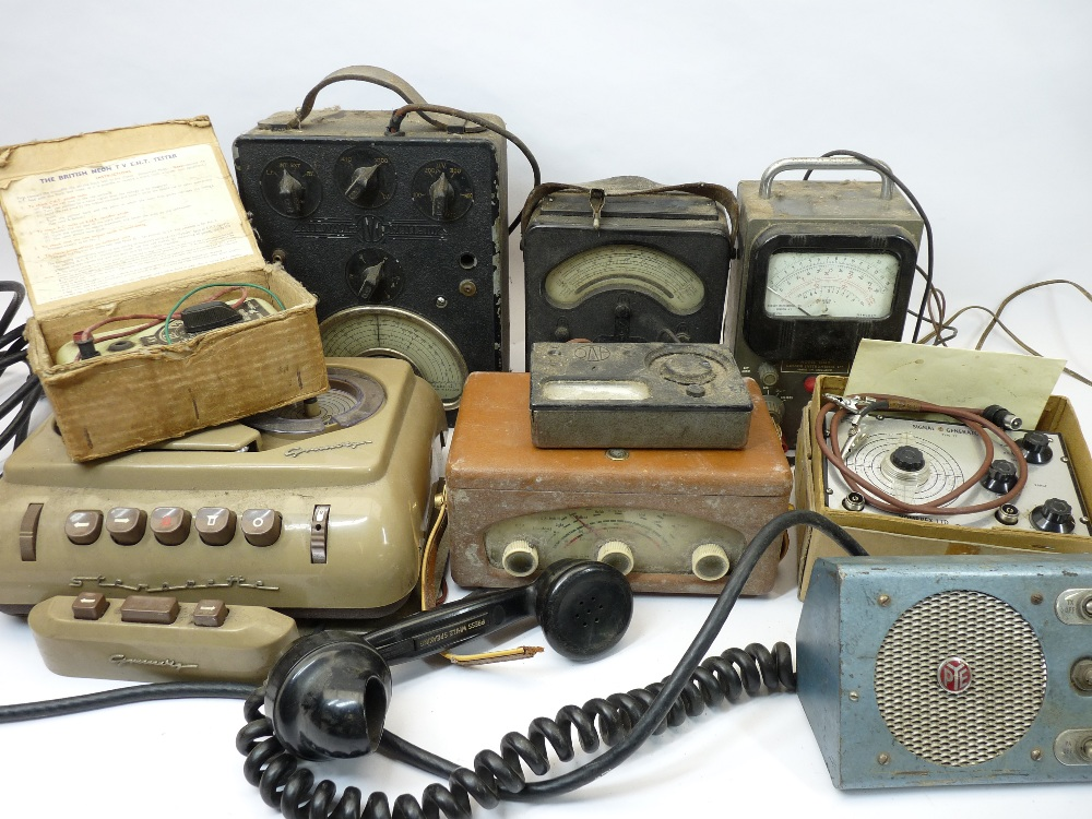 VINTAGE ELECTRONICS, A MIXED QUANTITY - a Grundig tape recorder, boxed Nombrex signal generator, AVO