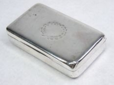 A PLAIN SILVER OBLONG SNUFF BOX - 2.8ozs, London 1802 by William Parker